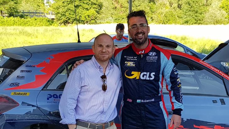 Anche il campione italiano di rally su terra Daniele Ceccoli ha scelto i servizi di FINTECHSI